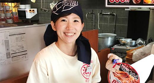 九州らーめん亀王 森ノ宮店 アルバイト勤務 篠原 芳恵